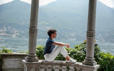 ON THE SHORES OF LAKE COMO